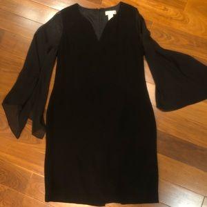 Bell slit sleeve dress